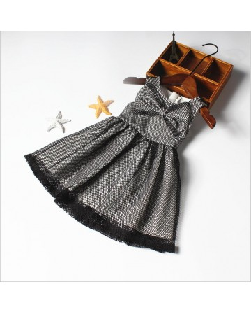 Girl's black gauze dress