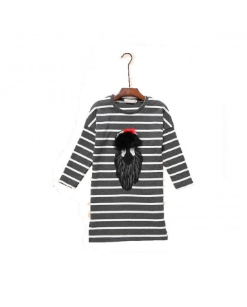 Girl's round neck long sleeves striped graphic shirt / sweater